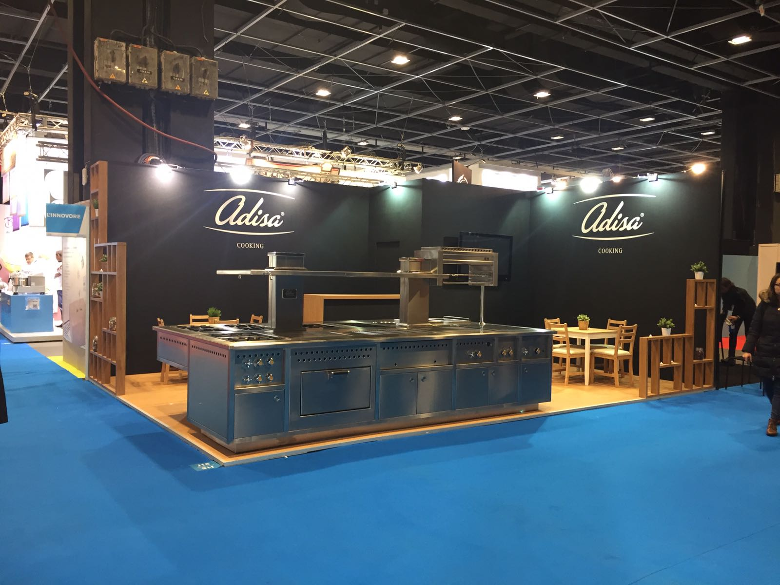 Mac-group-builder-stands-corporate-events-at-sial-paris